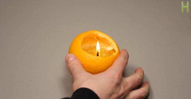 オレンジとオリーブオイルで1分でつくれるランプ